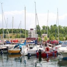 Bootsanleger an der Marina Mücheln