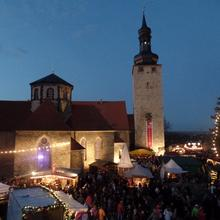 Weihnachtlich geschmückte Burg [(c): FilmBurg Querfurt]